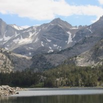 cropped-long_lake_in_little_lakes_valley.jpg